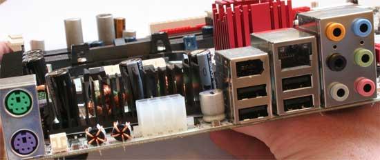 nForce 590 SLI and XPress 3200 Chipsets - AM2 Battle - Chipsets 125