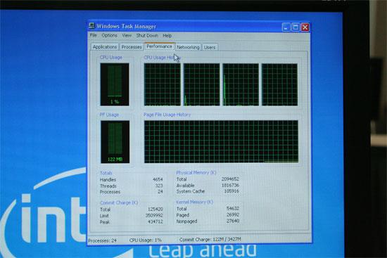 IDF 2006: Intel Core 2 Extreme QX6700 Quad Core Benchmarks - Processors 6