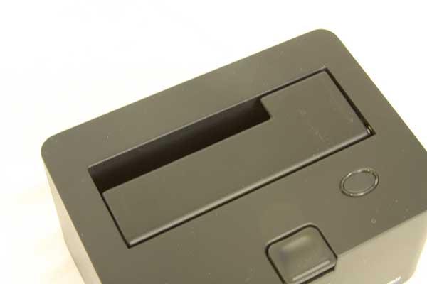 Thermaltake BlacX SATA Hard Drive USB Docking Station Review - Storage  2