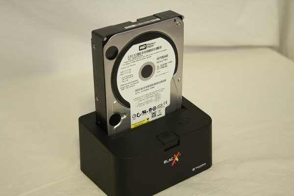 Thermaltake BlacX SATA Hard Drive USB Docking Station Review - Storage  15