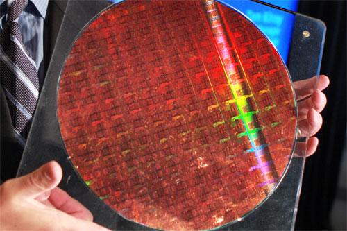 Intel Xeon 7400 series brings 6-core Dunnington design - Processors 2
