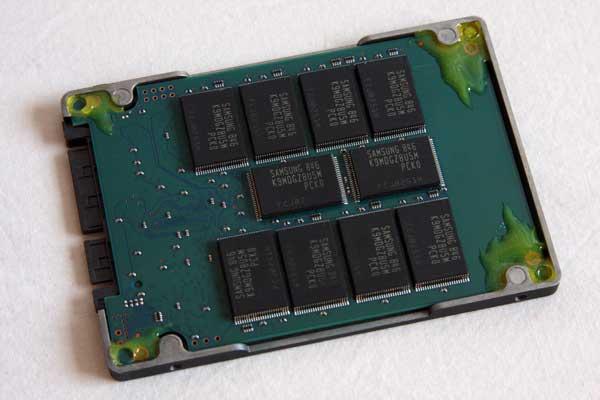 OCZ Summit Series 250GB SSD Preview - New Samsung MLC - Storage 38