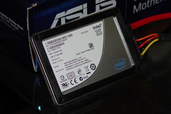 Intel halts downloads of new X25-M firmware due to corruption - Storage  1