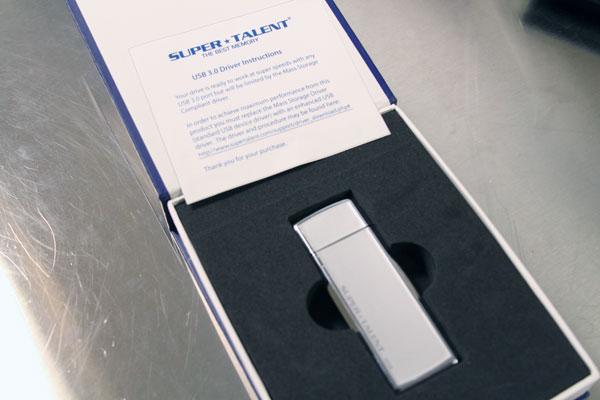 Super Talent SuperCrypt USB 3.0 32GB Thumb Drive Review - Storage 14