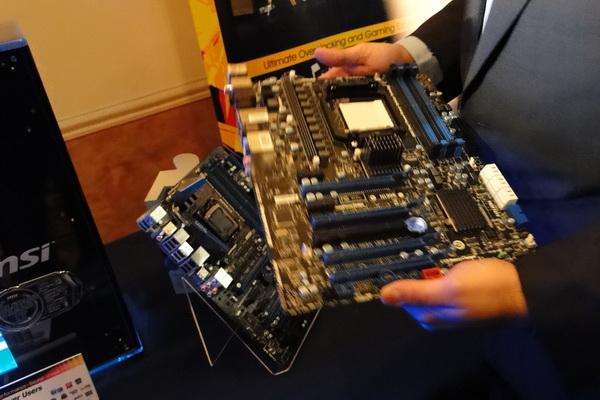CES 2011: Sneak peek of the MSI AMD 990FX Motherboard - Motherboards 3