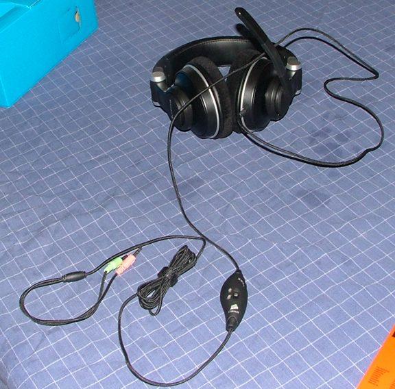 Corsair Gaming Audio HS1A Headphone Review - General Tech 9
