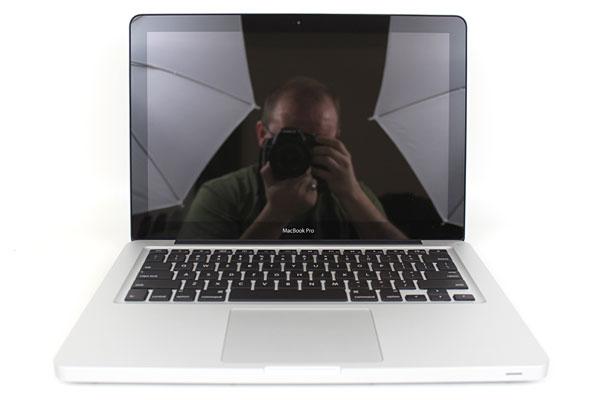 "Apple MacBook Pro 2.3GHz Sandy Bridge 13.3"" Review (2011 Model) - Mobile 64"