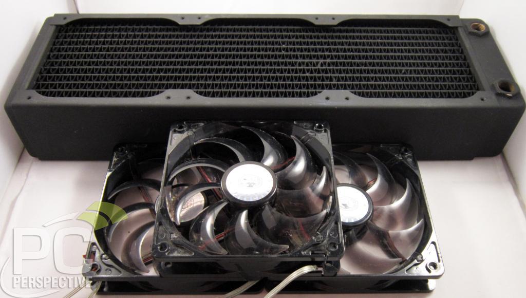 03-xspc-width-fans.jpg