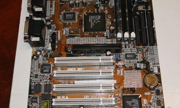 Hardware Flashback: Asus P5A