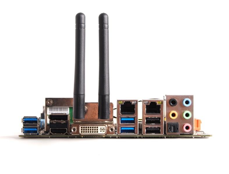 zotac-h87-itx-wifi-mini-itx-motherboard-io.jpg