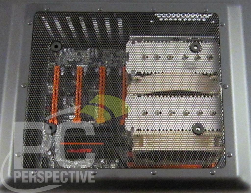03-case-atx-noctua-cooler-top-panel-0.jpg