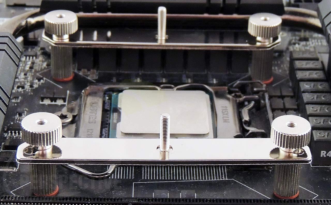 11-ar01-mount-full-front.jpg