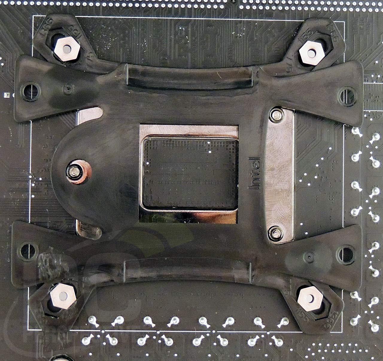 14-antec-board-mount-bottom.jpg