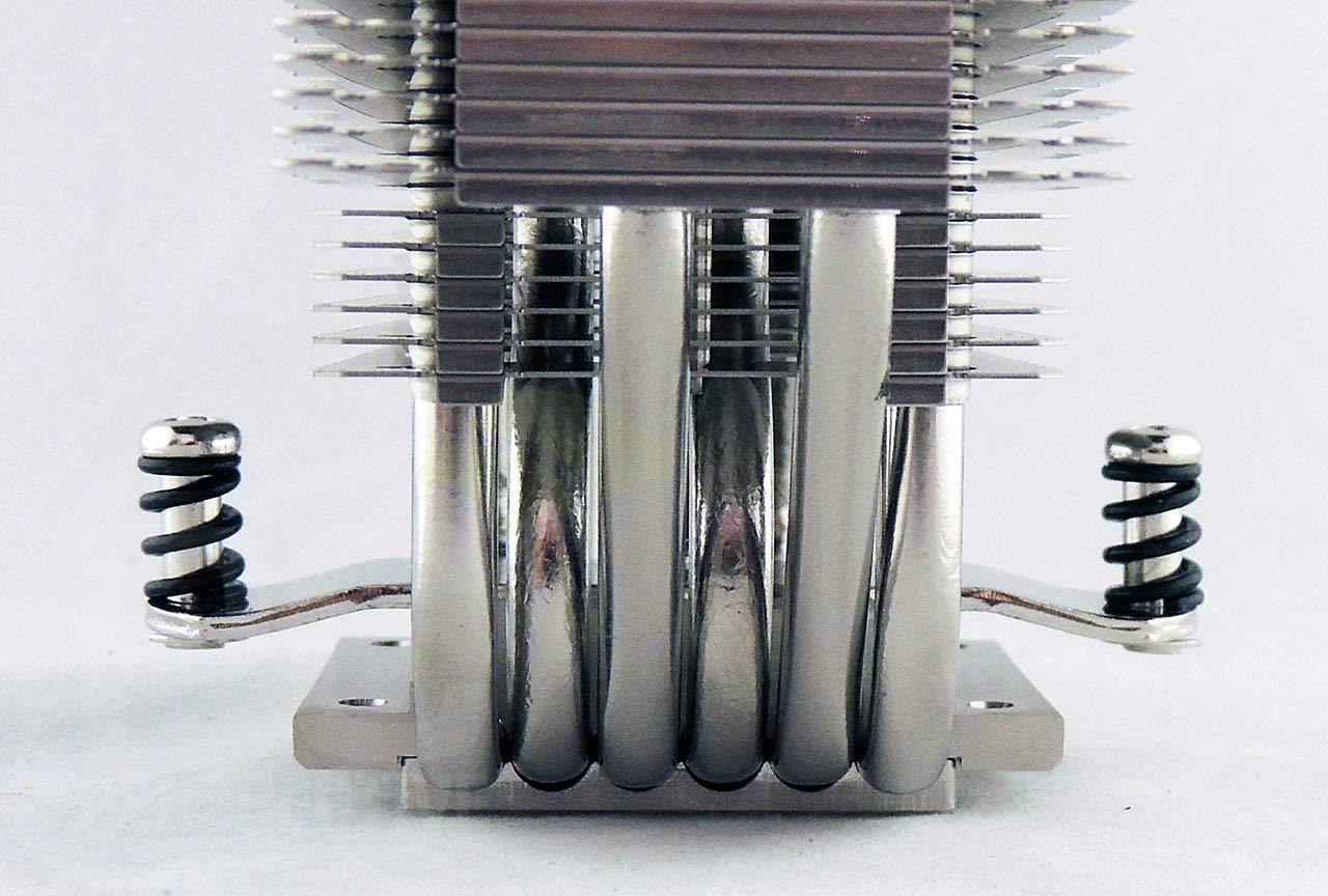 07-cooler-side-lower.jpg
