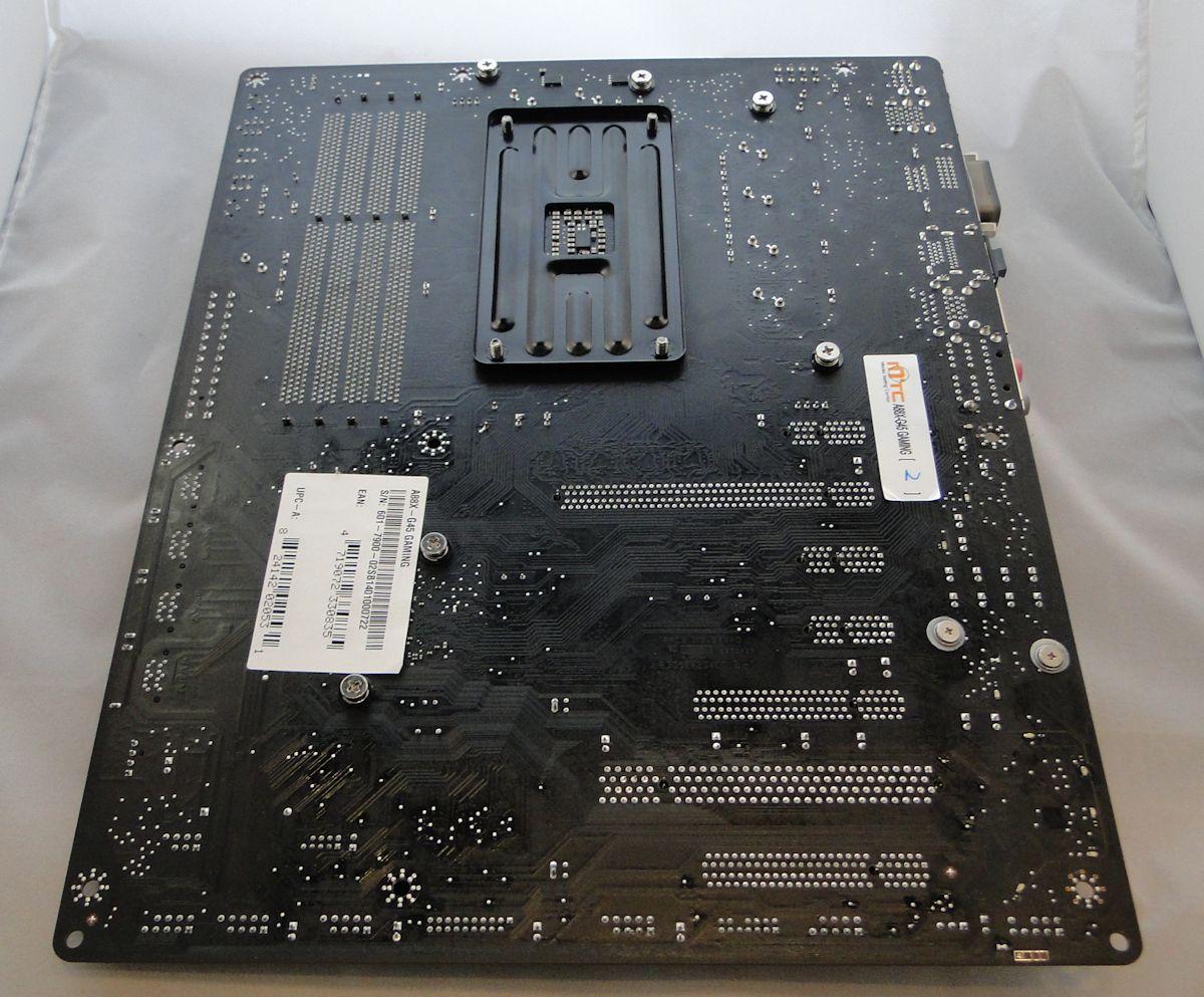 a88xg45-board08.jpg