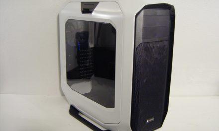 Corsair's big and beautiful Graphite Series 780T