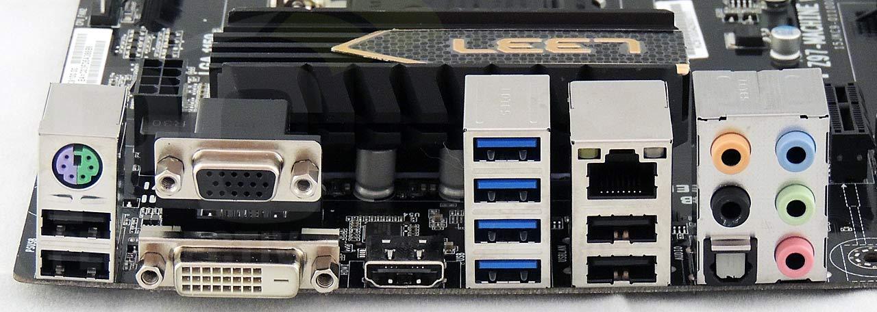 04-rear-panel-0.jpg