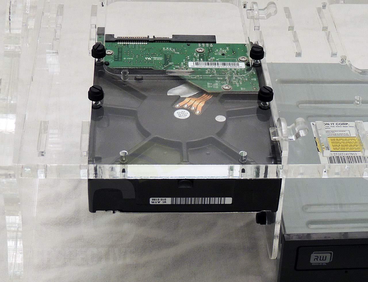13-case-hd-mount-mid-tray-top-down.jpg