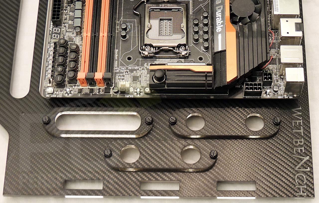 11-mb-tray-eatx-mb-accessory-ports-right.jpg