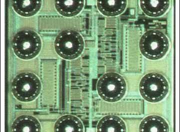 Xenon Flashes Make a Case for a Raspberry Pi 2 Case