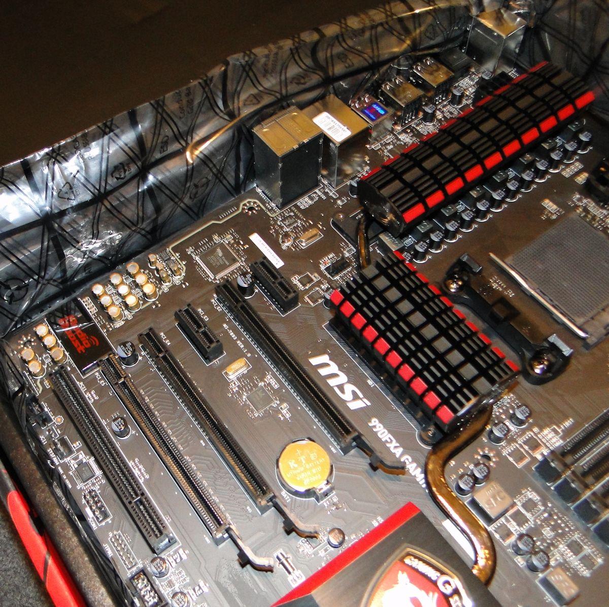 msi-990fxa-g-03.jpg