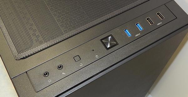 13c-io-panel-0.jpg