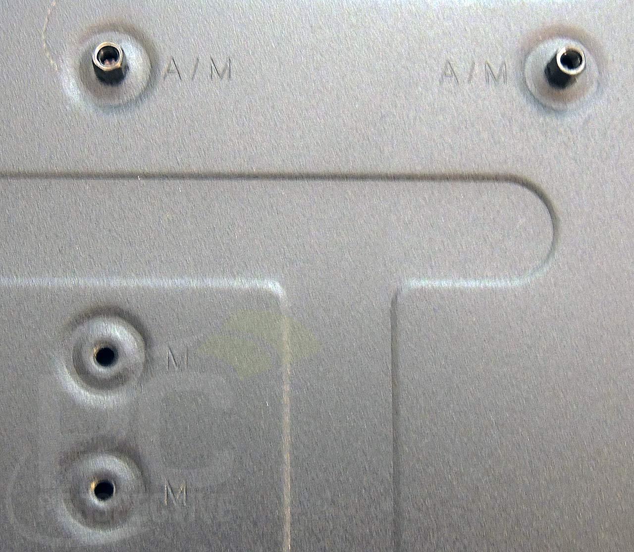 04-mbtray-upright-type-markings.jpg