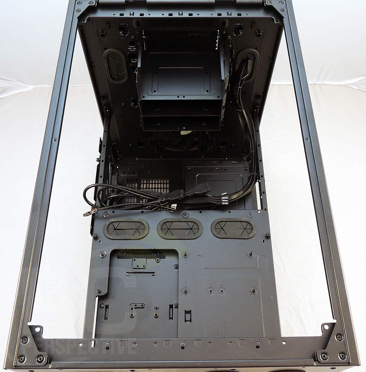 01-case-nopanels-top-nofanholder.jpg