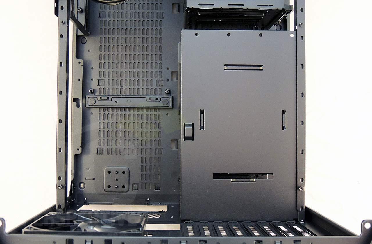 08-case-nopanels-top-nombtray-psucover-closeup.jpg