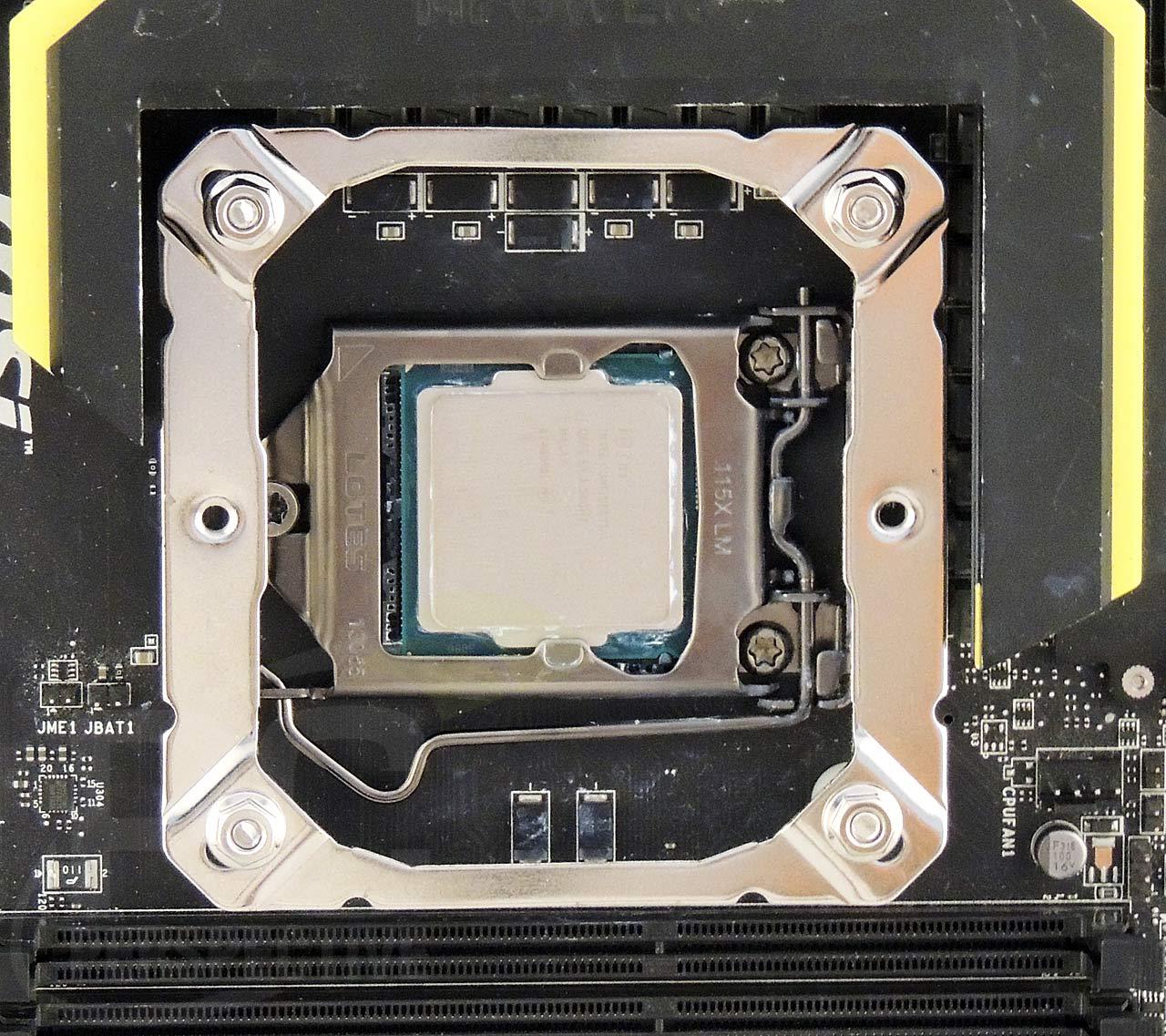 18-board-z87-mount-top.jpg