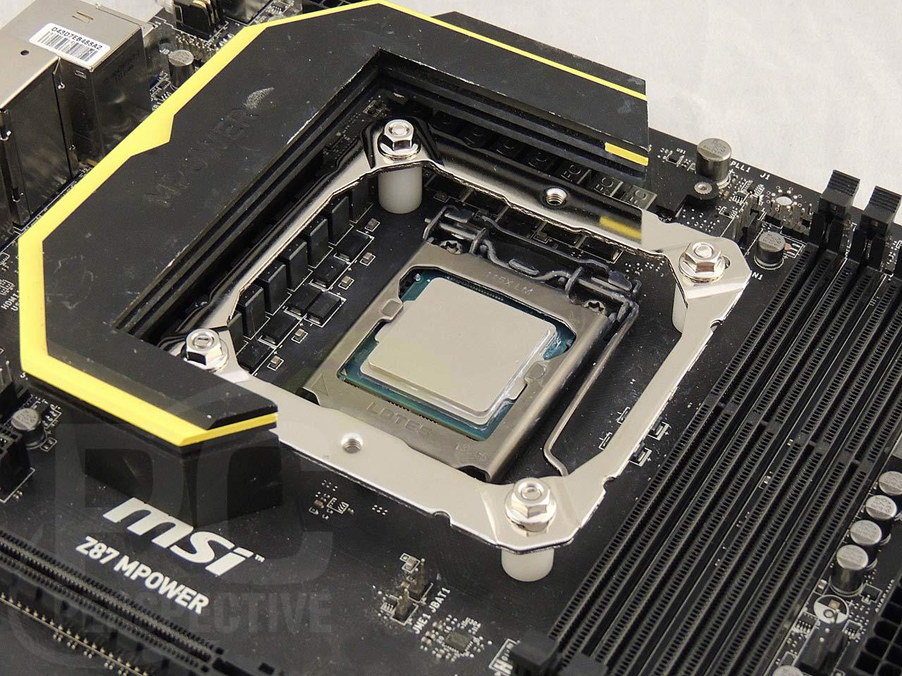19-board-z87-mount-right.jpg