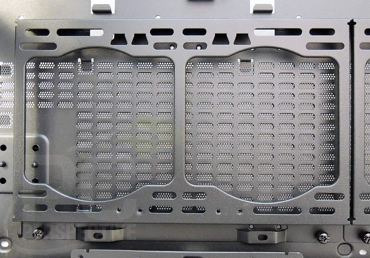 17-case-fanholder-bottom-closeup.jpg