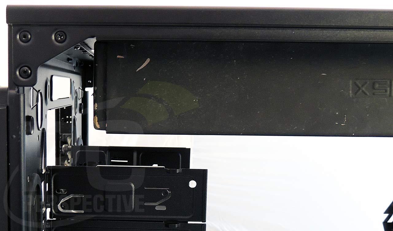 17-case-top-thickrad-right-drivebay-closeup.jpg