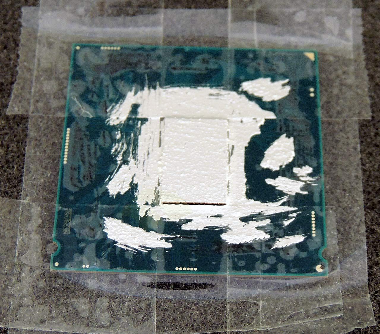 08-cpu-naked-liquid-metal-application.jpg