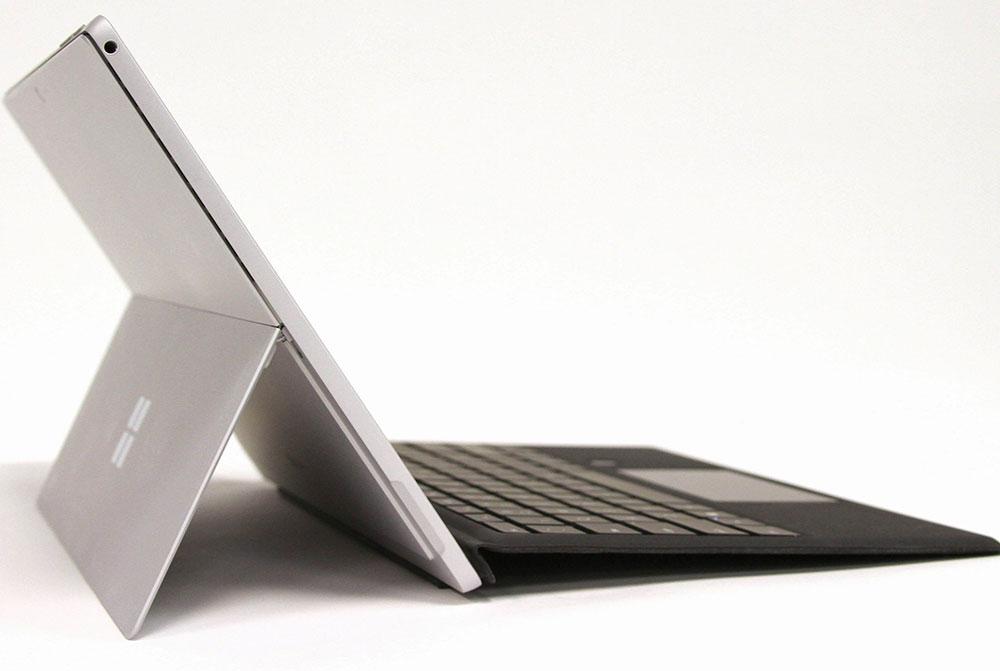 Microsoft Surface Pro (2017) vs. Apple iPad Pro (2017): Best Productivity Tablet