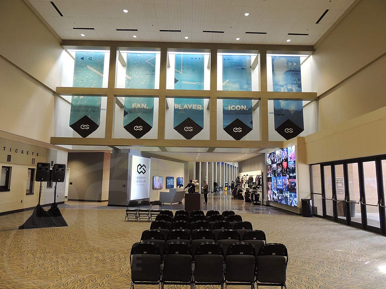 03-entry-hall.jpg