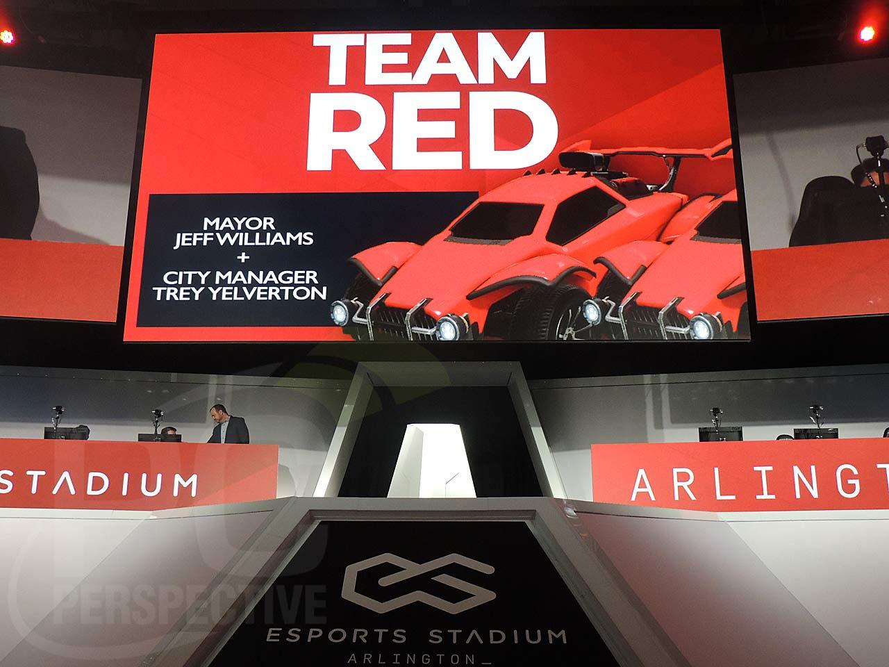 22-esport-stadium-play-team-red.jpg