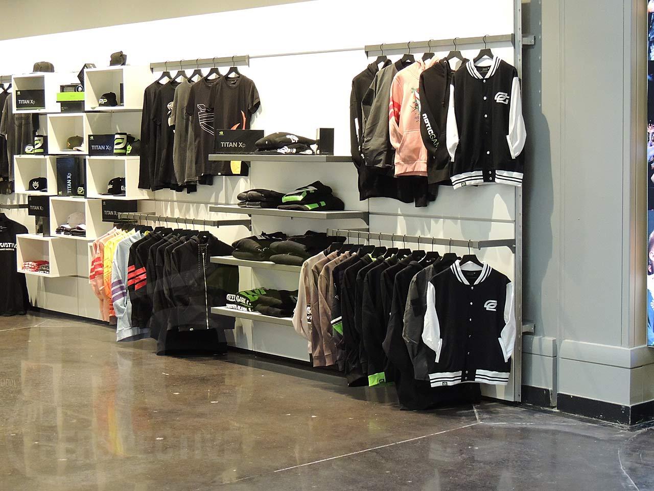 06-merchandise-area-2.jpg