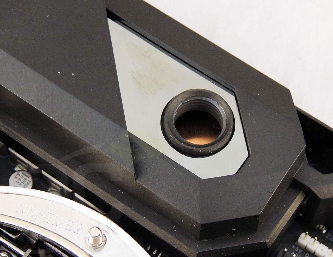 09-cpu-vrm-port-closeup-1.jpg