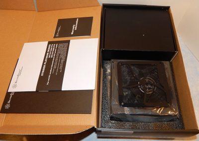 10-Box-7435