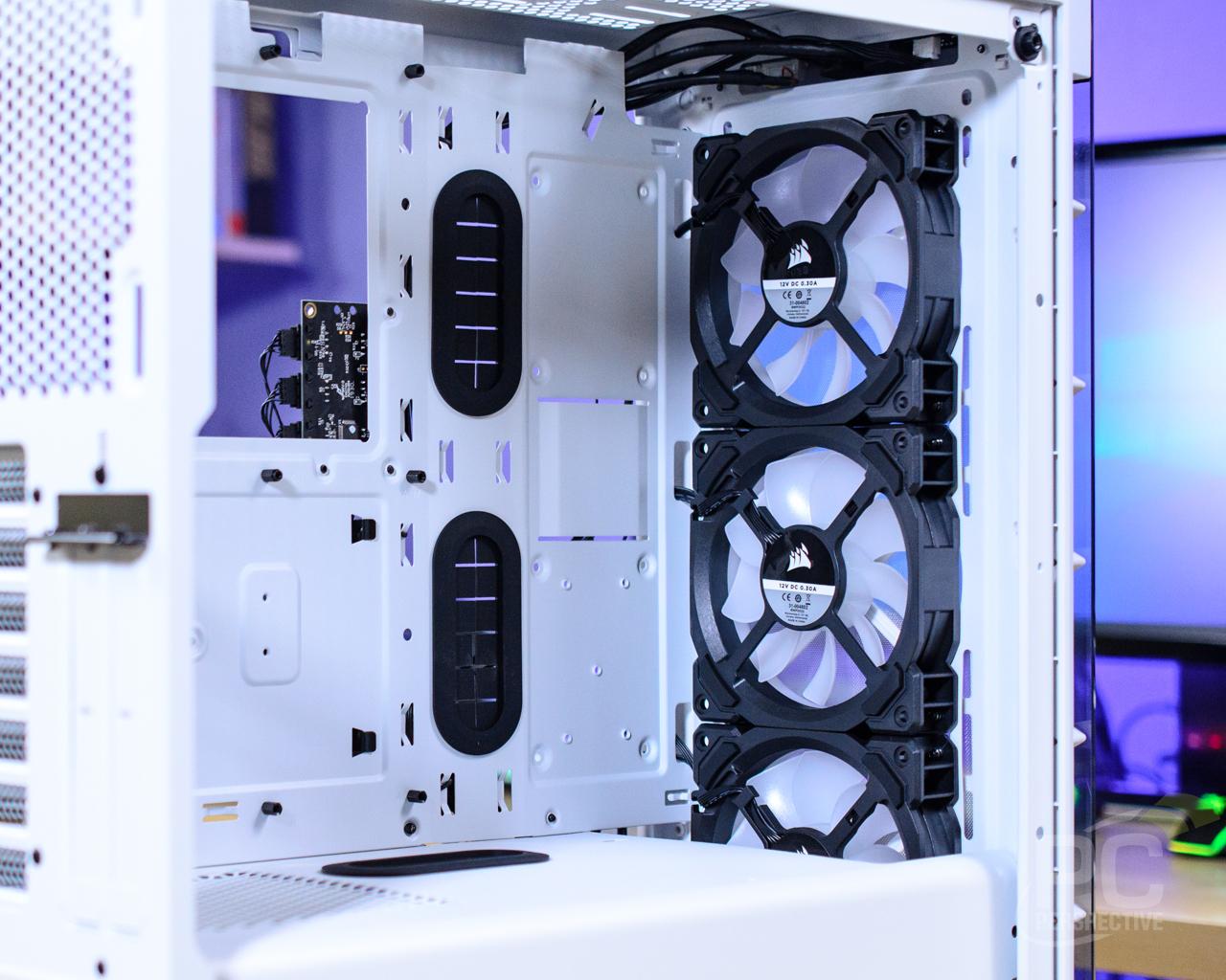 CORSAIR iCUE 465X RGB Interior Front