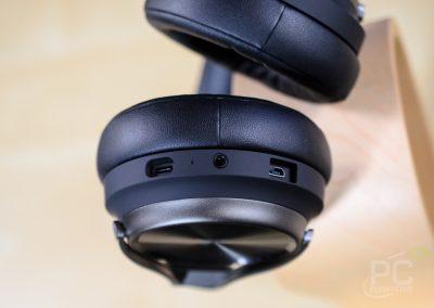 Corsair Virtuoso RGB Wireless SE Inputs