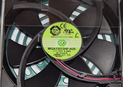 16-EVGA-G5-750W-Fan
