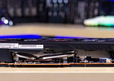 AMD Radeon RX 5600 XT Side 2