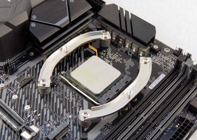 TUFGamingX570Plus-board-nocuta-mount-profile