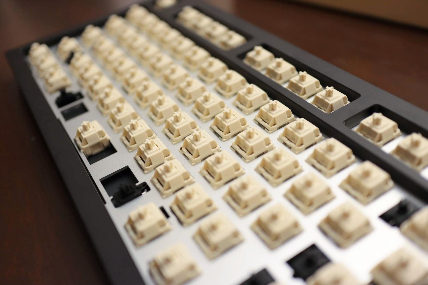 Monstargear XO K80 Aluminum Keyboard Kit 15