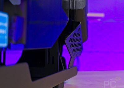Thermaltake AH-T200 Front Gaps